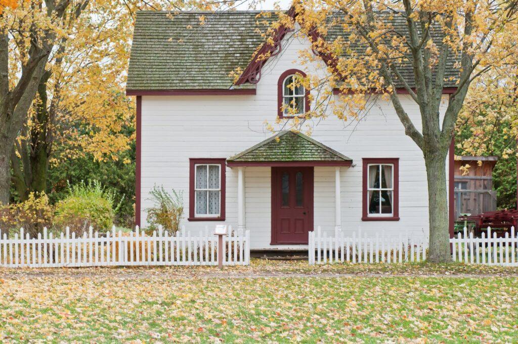 dom czy mieszkanie co lepsze